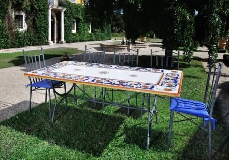 Tavoli Da Giardino Deruta.Tavoli In Pietra Da Esterno Fabulous Costruire Un Tavolo Da