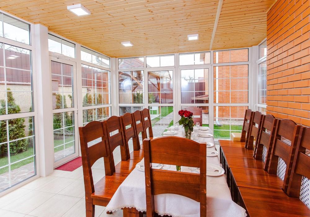veranda sala pranzo