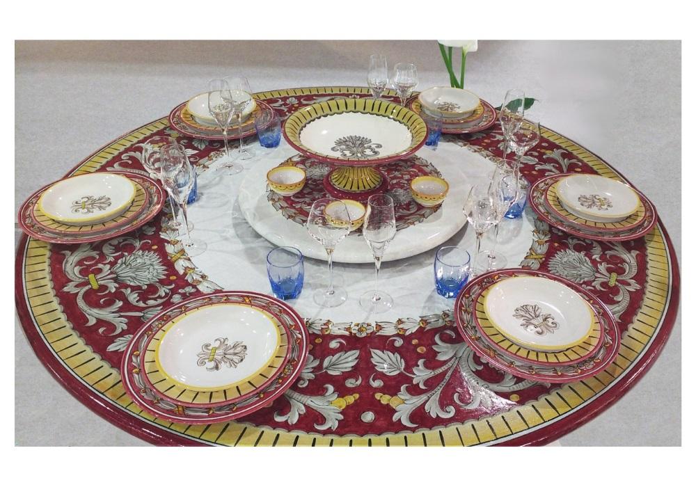 Tavoli Da Giardino Pietra Lavica.Tavolo Da Giardino Con Decoro Tipico Di Deruta